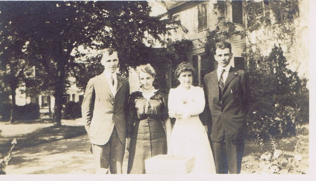 Thomas, Lucy, and Douglas Knox with their mother